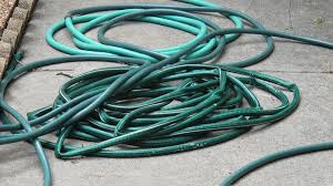Buy the Best Gardening Hose: 4 Things to Look For